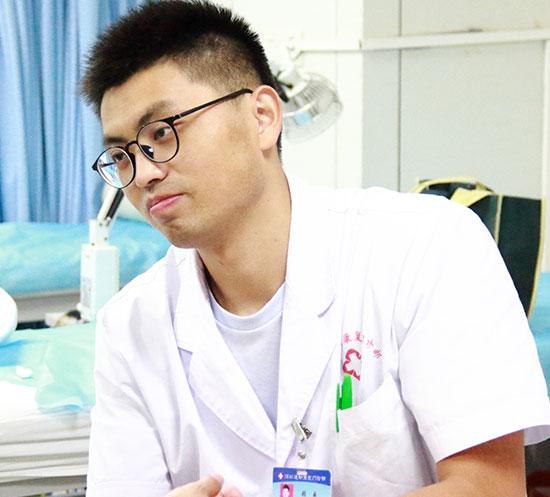 张威 | 门诊部业务副主任