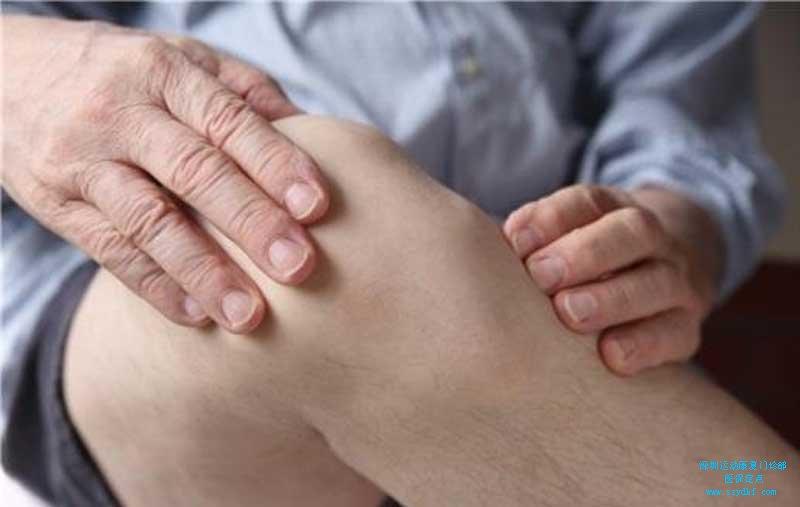 右髋疼痛伴右膝冷痛-右髋关节炎