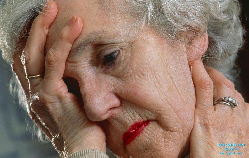 劳累后出现颈痛伴手臂酸麻感-颈椎病(神经根型
