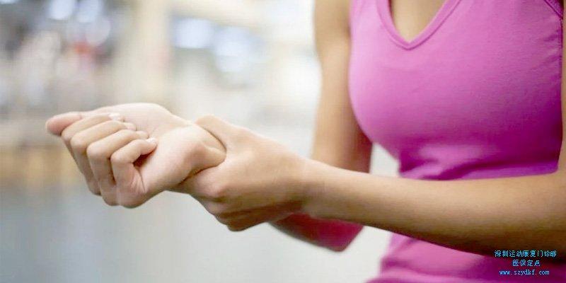倒立手腕痛怎么办?学会这一招,告别手腕痛,